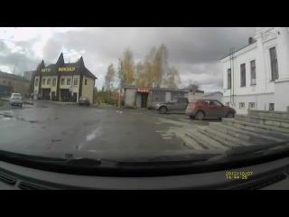 Лошадь против машин))